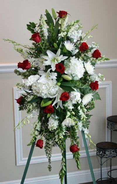 799428d31174875d4a7709ae0f5ba55c--funeral-floral-arrangements-sympathy-arrangeme.jpg