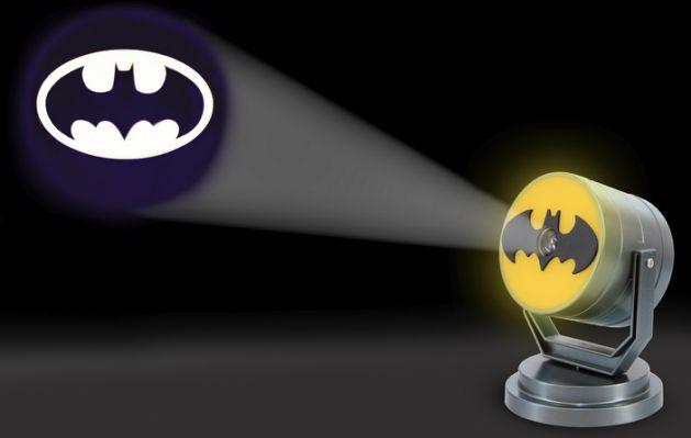 Batman-Projection-Light-Lights-Off-1.jpg.cf.jpg
